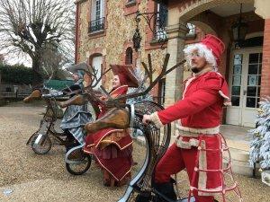 Déambulatoire Spectacle de Noël - les lutins de Noël - saynette et improvisations